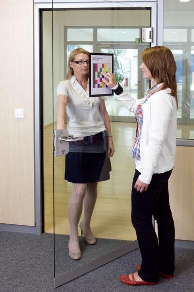 durable cadre magn tique duraframe format a4 noir. Black Bedroom Furniture Sets. Home Design Ideas
